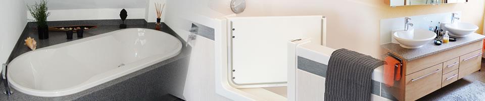 Bäder - Badewanne, Tür, Waschtrog