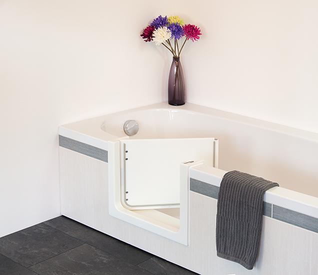 badewannent ren richner k chen b der. Black Bedroom Furniture Sets. Home Design Ideas