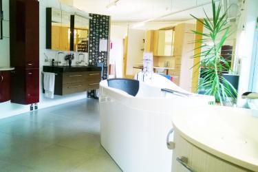 Badewanne und Waschtische